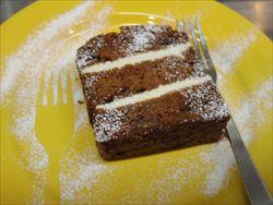 12月28日(月)のメニュー(キャロットケーキあります)。