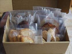 焼き菓子詰め合わせボックスなど、無事に発送終了しました。